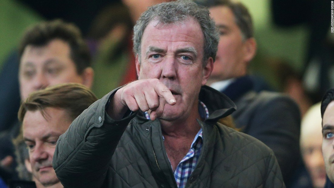 jeremy clarkson 39 top gear 39 fan gives petition to bbc. Black Bedroom Furniture Sets. Home Design Ideas