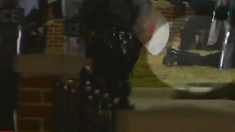 exp erin intv renteria video of moments after officers were shot in ferguson_00014917