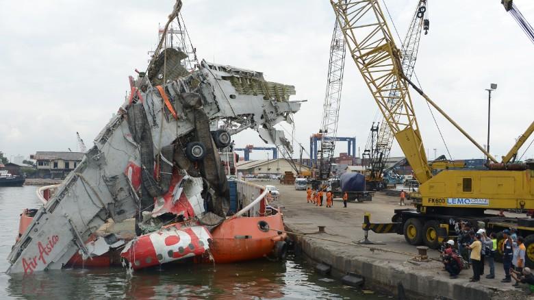Indonesia releases report on Air Asia QZ8501 crash