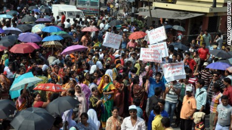 People flooded the streets of Ranaghat, north of Kolkata on March 15.