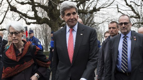 US Secretary of State John Kerry (C) walks back to his hotel with US Under Secretary for Political Affairs Wendy Sherman (L) after a lunch following a negotiating session with Iran's Foreign Minister over Iran's nuclear program in Lausanne March 20, 2015. AFP PHOTO / POOL / BRIAN SNYDERBRIAN SNYDER/AFP/Getty Images