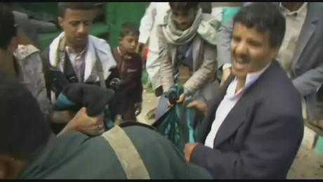 yemen on the brink _00003810