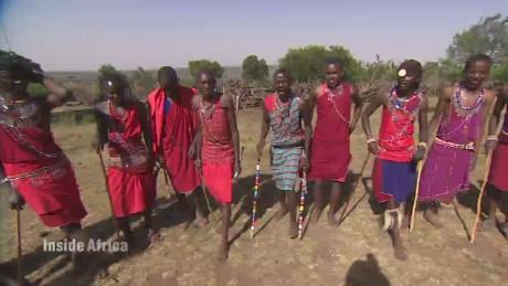 spc inside africa kenya dancing a_00022102.jpg