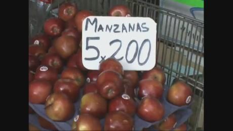 cnnee pano osmary hernandez economy venezuela pkg_00003505