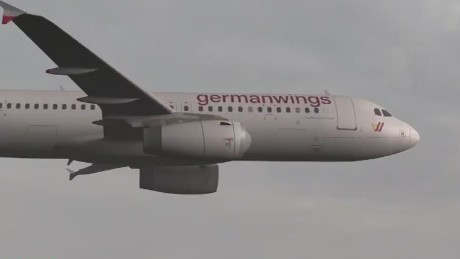 cnni quest germanwings plane crash pilot locked out of cockpit_00004208