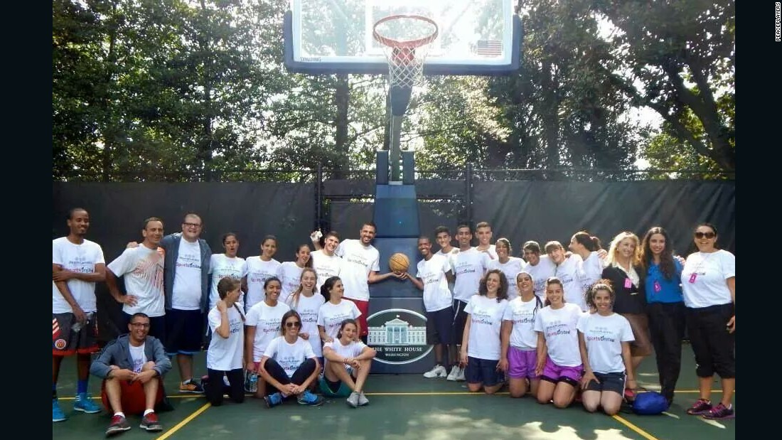 A delegation from PeacePlayers was invited to the White House last October. They played on the President's court much to the delight of those involved.