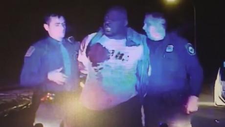 dnt valencia michigan police beating_00021417.jpg