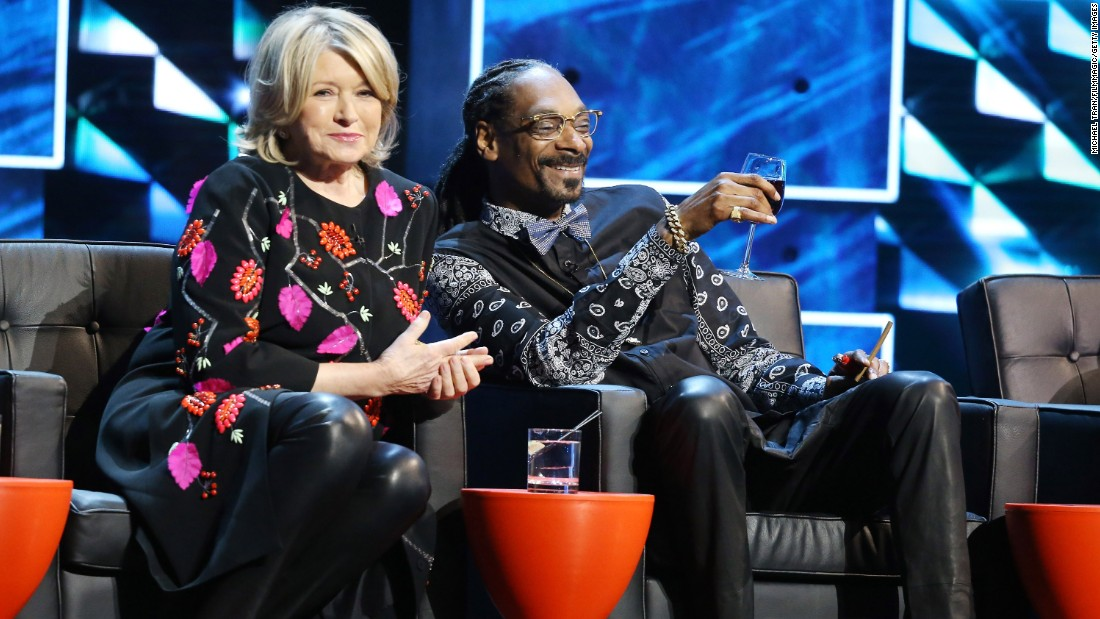 "Martha Stewart and Snoop Dogg kicked it onstage during the Comedy Central Roast of Justin Bieber in March2015. The pair go way back and <a href=""https://www.youtube.com/watch?v=-Ocre0kXgvg"" target=""_blank"">enjoyed cooking together</a> so much that they launched ""Martha & Snoop's Potluck Dinner Party"" on VH1 in 2016."