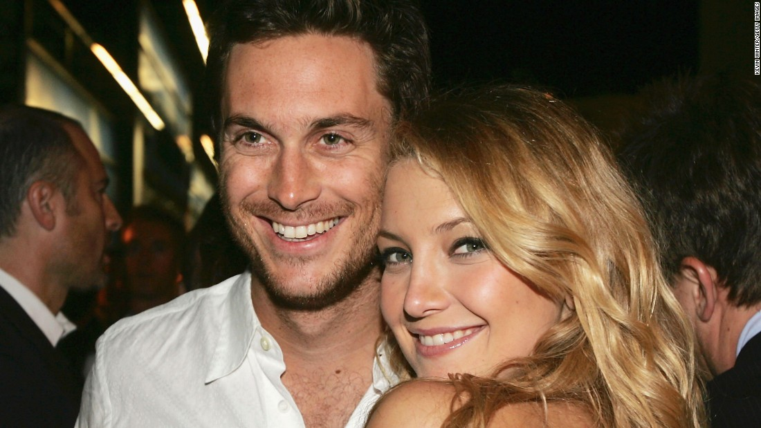 "Oliver and Kate Hudson are the children of actors Goldie Hawn and Bill Hudson. Their ""stepfather"" is actor Kurt Russell."