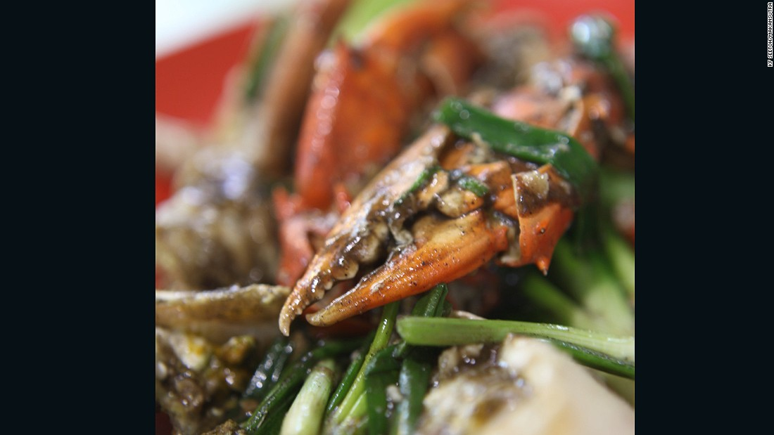 White pepper crab has a more distinct bite than black pepper versions.
