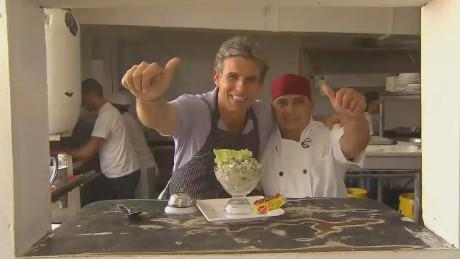cnnee pkg montero panama making ceviche_00031917