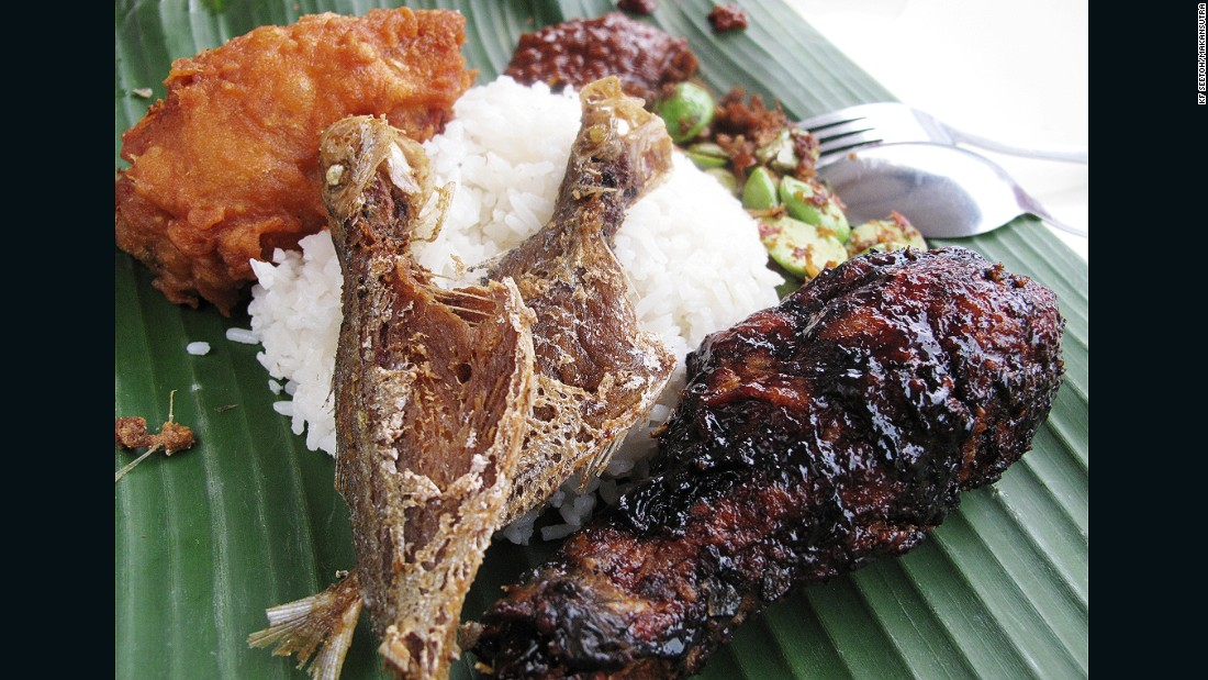 The lure of those sweet crispy black chicken over coconut rice and spicy sambal is hard to resist.