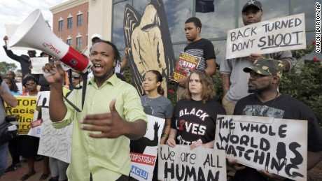 Group protests the shooting death of Walter Scott.