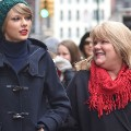 02  RESTRICTED taylor swift mom FILE