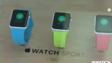 intv howell tibkin apple watch_00024410