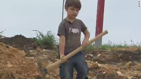 pkg five year old boy finds dinosaur bone_00012024.jpg