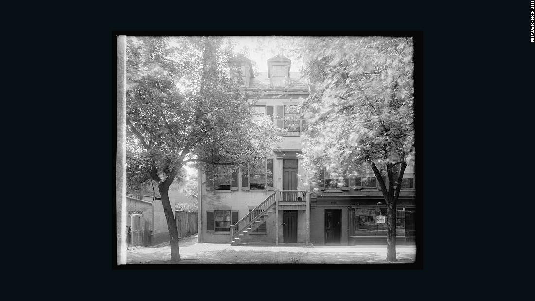 An early 20th century photo shows the building that housed Mary Surratt's Washington, D.C., boarding house — the site where conspirators plotted against President Abraham Lincoln.