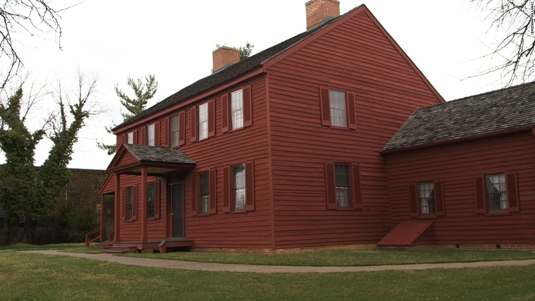 In 1965, the Maryland-National Capital Park and Planning Commission acquired the former Surratt Tavern. After restoration, the building in present-day Clinton, Maryland, opened as a museum in 1976.