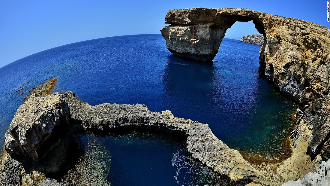 This natural limestone arch on the coast of the Maltese island of Gozo was used as the backdrop for the wedding between Daenerys Targaryen and Khal Drogo in season one. Sadly, it collapsed into the sea following a storm in March 2017.