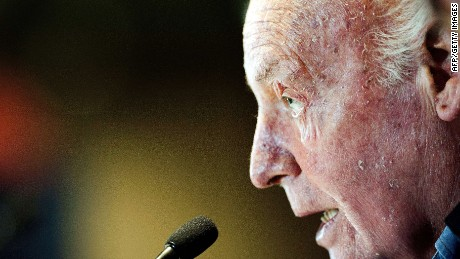 (FILE) Uruguayan writer Eduardo Galeano delivers a speech during the closing ceremony of the XXIV General Assembly of the Latin American and Caribbean Conference on Social Sciences, in Mexico City, on November 9, 2012. Galeano died in Montevideo on April 13, 2015 at the age of 74. AFP PHOTO/PEDRO PARDOPedro PARDO/AFP/Getty Images