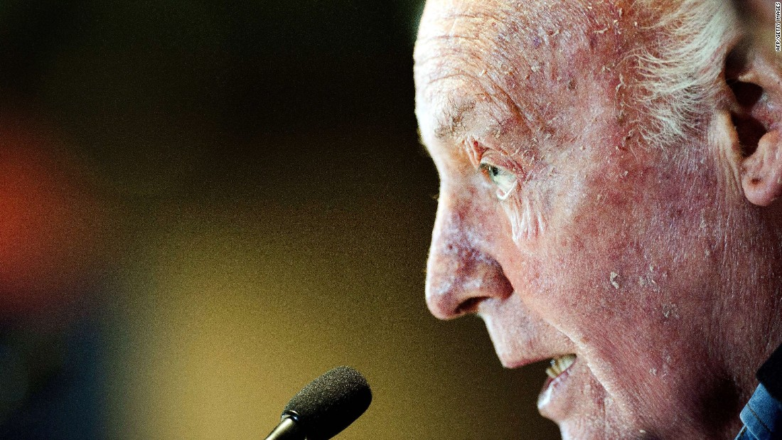 "Uruguayan journalist and writer <a href=""http://www.cnn.com/2015/04/16/football/eduardo-galeano-gunter-grass-football/index.html"">Eduardo Galeano</a>, who had a fanbase that spanned continents and who was considered one of the top voices of the Latin American left, died April 13 at age 74 in Montevideo, Uruguay."