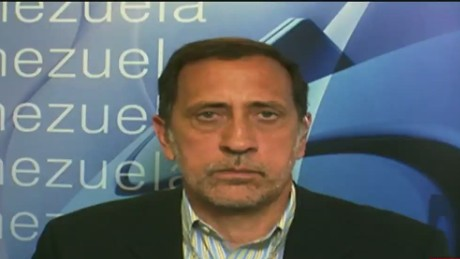 cnnee pg intvw jose guerra venezuela economy _00093601