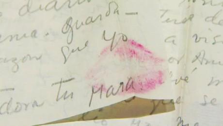 cnnee pkg santana frida kahlo letters_00012017