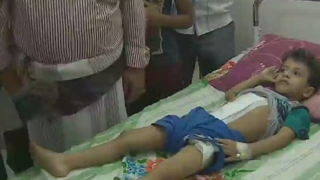 newday sot elbagir yemen hospital_00005926.jpg