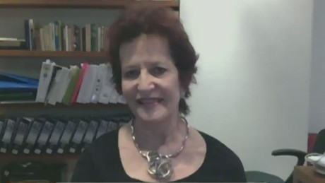 cnnee cafe elisabeth ungar intv latin america corruption_00063628