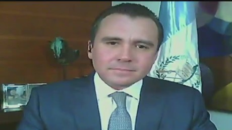 cnnee pano intvw alejandro sinibaldi_00122916