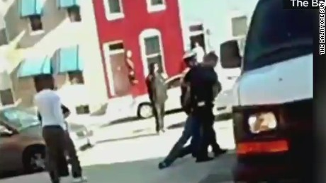 ac marquez new video of freddie gray arrest_00014710