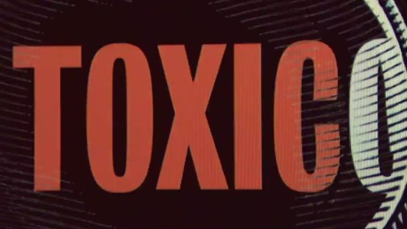 cnnee pkg gonzalez fascination about poison_00001021