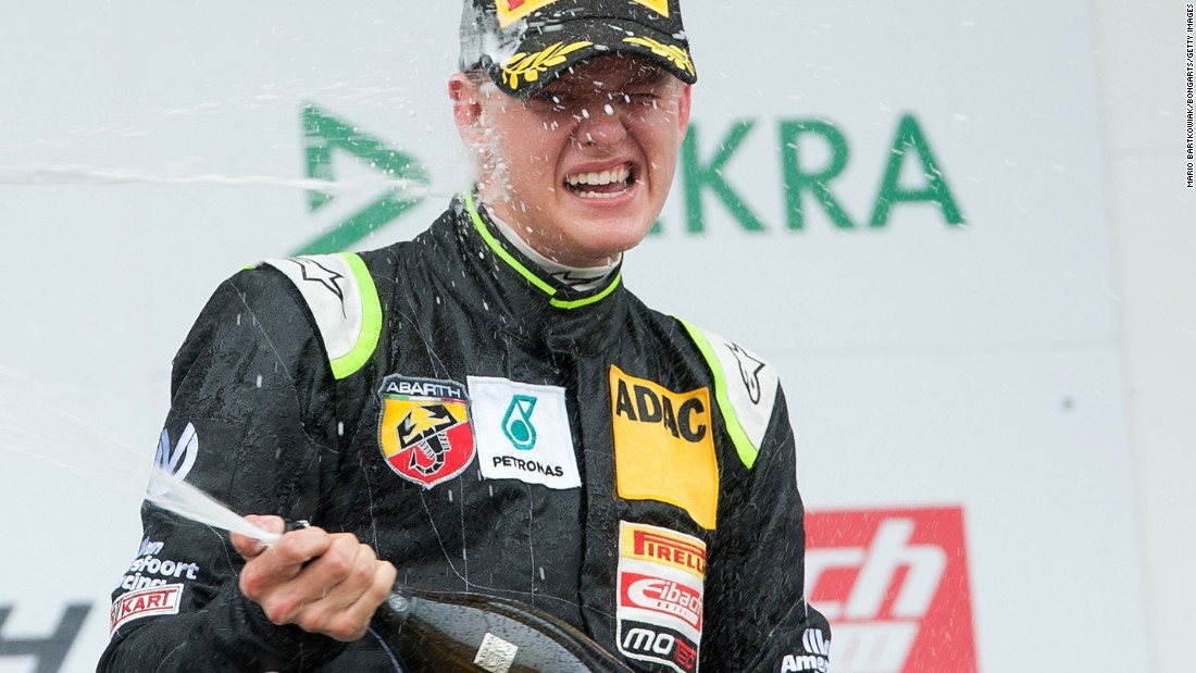 mick schumacher impresses in car racing debut. Black Bedroom Furniture Sets. Home Design Ideas