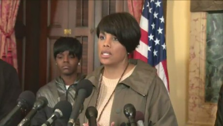 Baltimore mayor: Violence during protests unacceptable