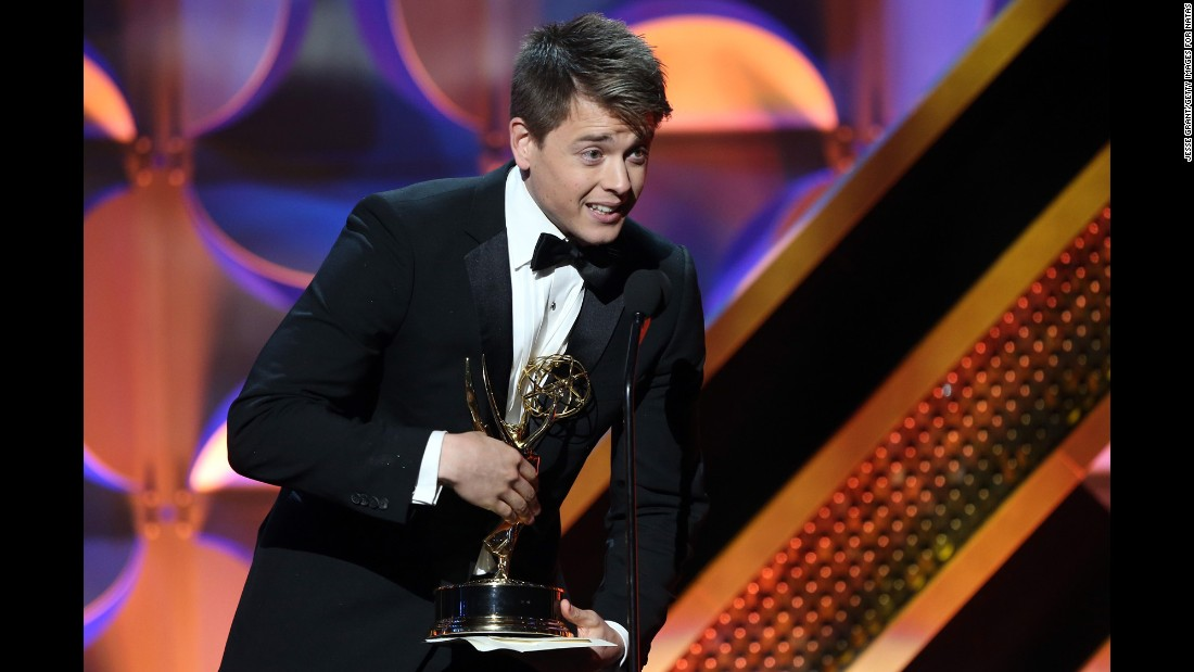 "Chad Duell of ""General Hospital"" accepts the award for outstanding supporting actor in a drama series."