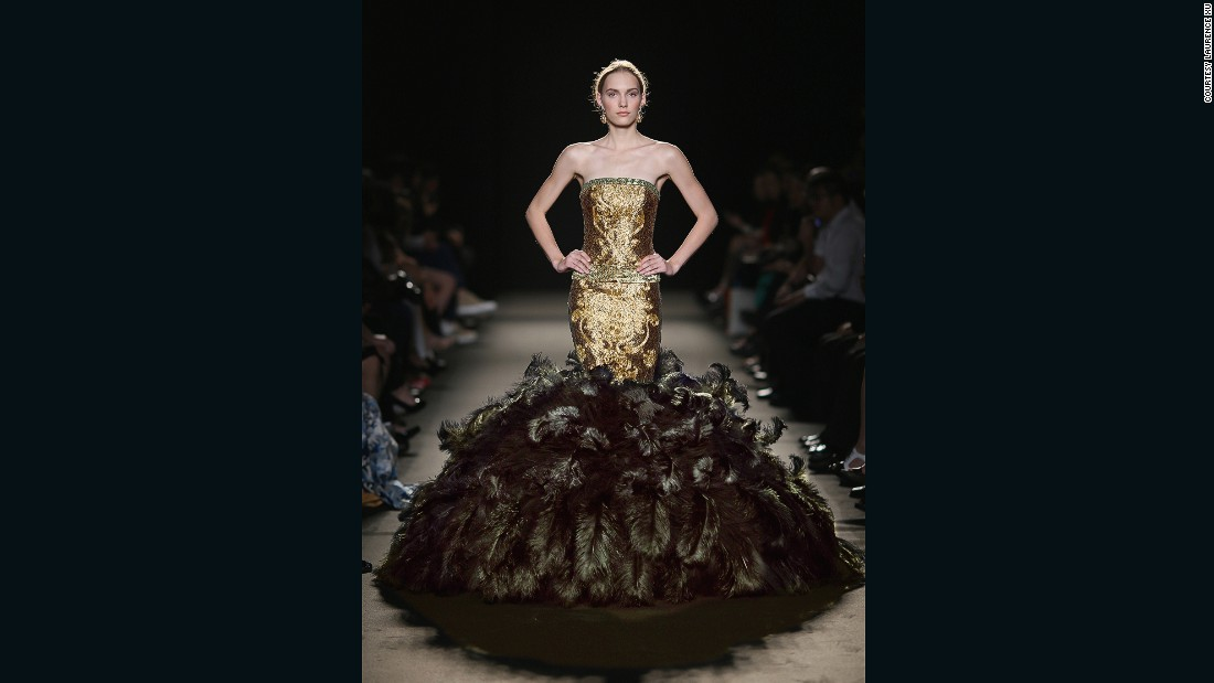 Spinning gold chinese couturier guo pei takes paris for Paris haute couture designers