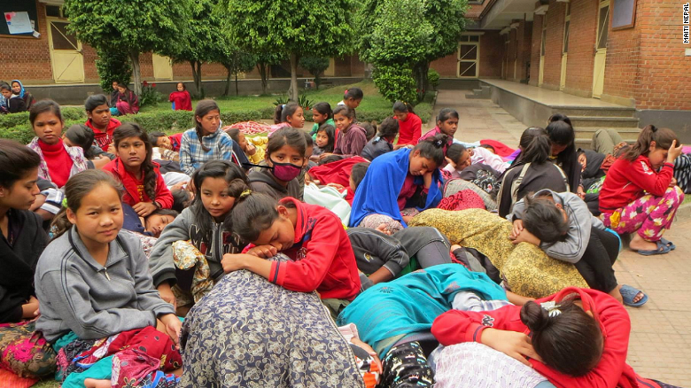 CNN Heroes struggle after Nepal quake