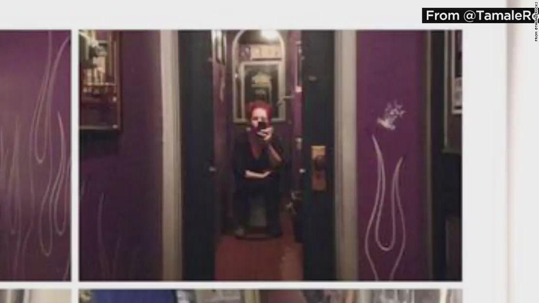Bathroom Mirrors Chicago two-way mirror found in bar's bathroom stall - cnn video