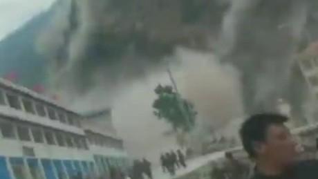 von moment quake hit tibet_00001405