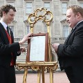 09 royal baby - easel