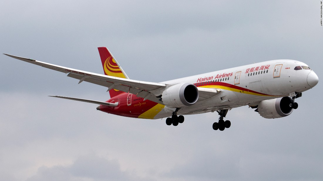 A Boeing 787-8 Dreamliner jet belonging to China's Hainan Airlines is shown landing at Toronto Pearson International Airport in Ontario on October 17, 2014.