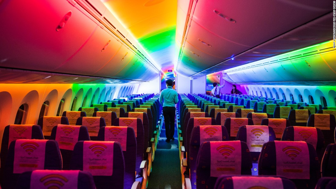 Scoot Pte., a unit of Singapore Airlines Ltd., announced the delivery of the airline's first 787 Dreamliner on February 2, 2015. A media tour that day at Singapore Changi Airport allowed attendees to view the 787's interior.