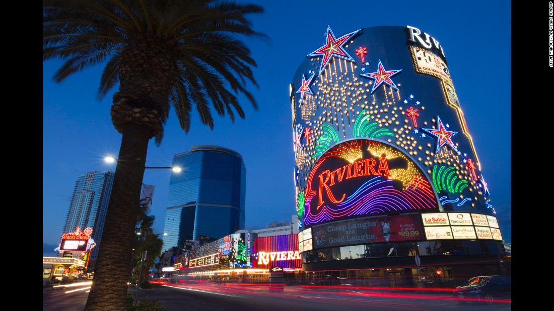 Fabled las vegas casino closes after 60 years for Riviera resort las vegas
