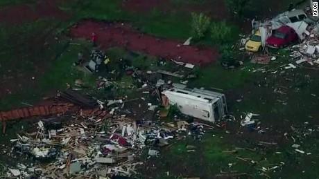 lklv kansas extreme weather tornado _00000115