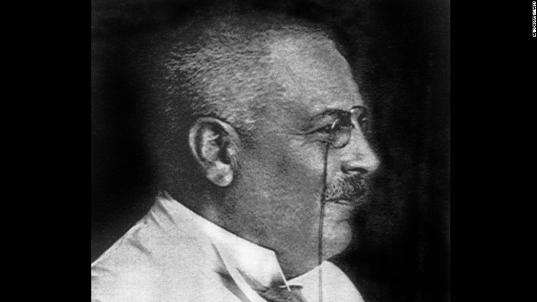 Neurologist Alois Alzheimer identified the illness that bears his name.