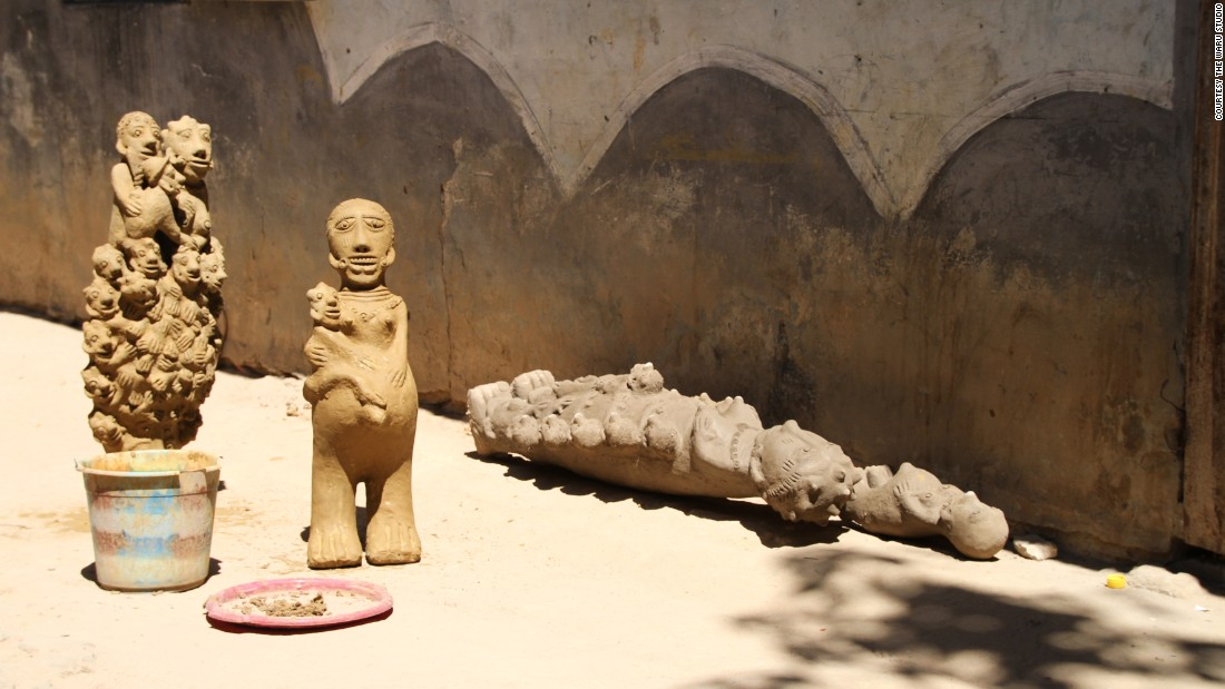 """<em>Fatou Kande Senghor, Giving Birth, 2014. </em><br /><br />This Senegalese artist uses a variety of mediums to produce thought-provoking conceptual pieces. This particular piece from the Dakar-based creative is called """"Giving Birth."""""""