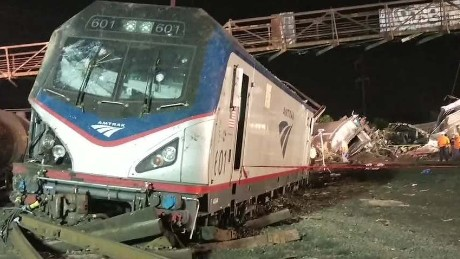 exp erin dnt carroll philadelphia-amtrak-train-derailment_00001812