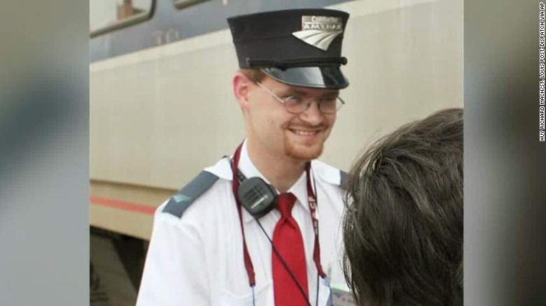 lead dnt griffin amtrak engineer brandon bostian profile_00012203