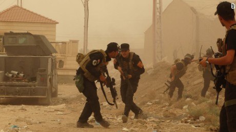 Critical Iraqi city Ramadi under assault from ISIS