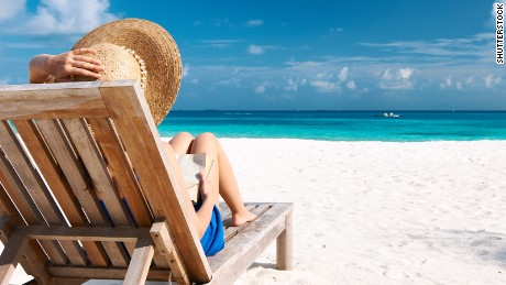 5 ways to travel smarter this summer